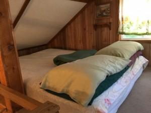sb loft bed up close